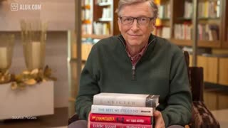۱۵ کتابی که بیل گیتس به همه پیشنهاد میکند
