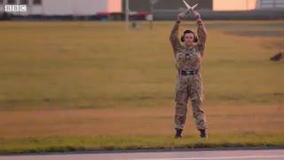 رقابت جانانهی مک لارن اسپیدتیل با یک هواپیمای جنگنده | آپدیت