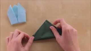 تزیین دستمال سفره به شکل گل
