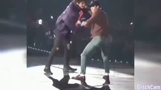 رقص سهون و چانیول با آهنگ لی - اکسو - exo - boom - SeChan - sehun - Chanyeol - lay